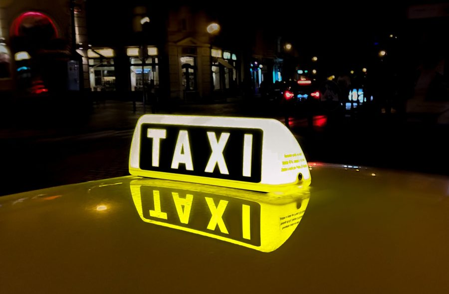 Japan to let taxis set fares before rides