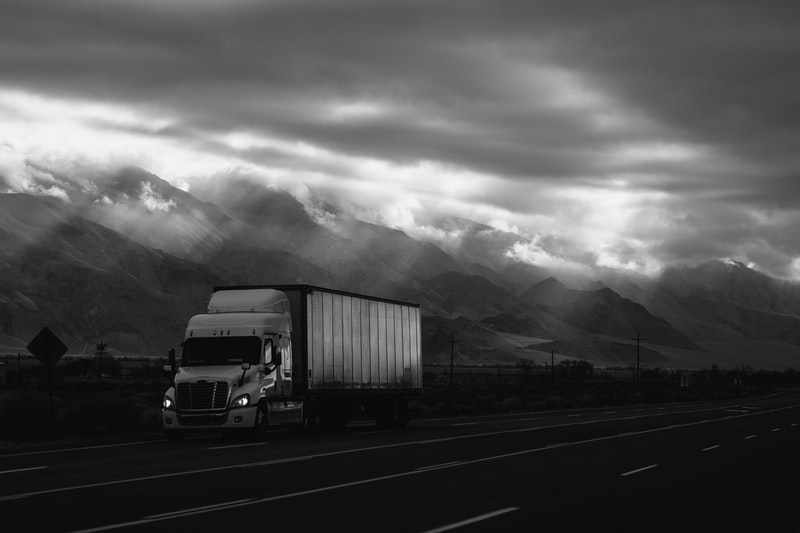 5 way on how AI is revolutionizing the logistic industry